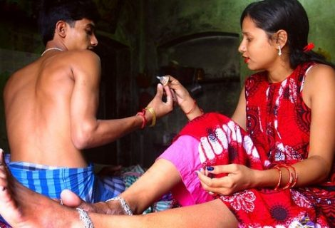 पैसाकालागि कण्डम बिनै यौन सम्पर्क