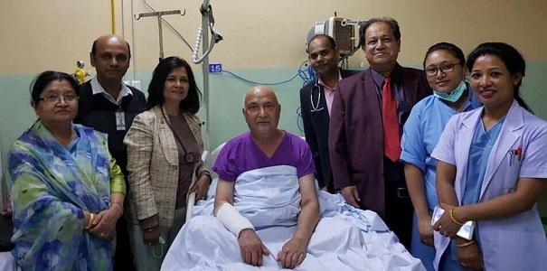 प्रधानमन्त्री ओलीको स्वास्थ्यमा उल्लेख्य सुधार, केही दिन अझै अस्पतालमै रहने