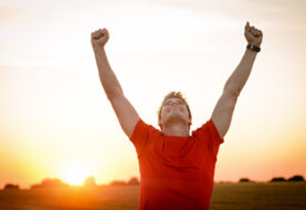 हाँस्दा स्वास्थ्यलाई फाइदा
