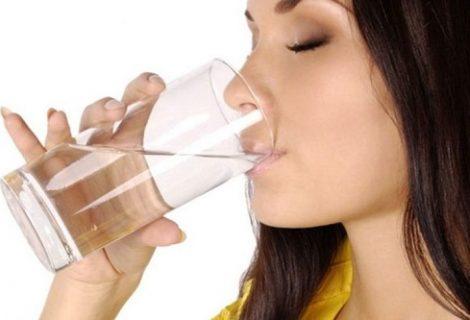 पेट दुखेको छ ? पानीसँग यी कुराहरू मिसाएर पिउने गर्नुस्.....